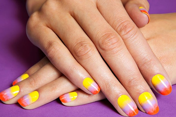 Draw The Sunset Nail Art In The Hands Soak Off Gel Nail Polish